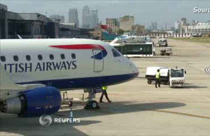 Global airlines slash profit forecasts on trade war fears