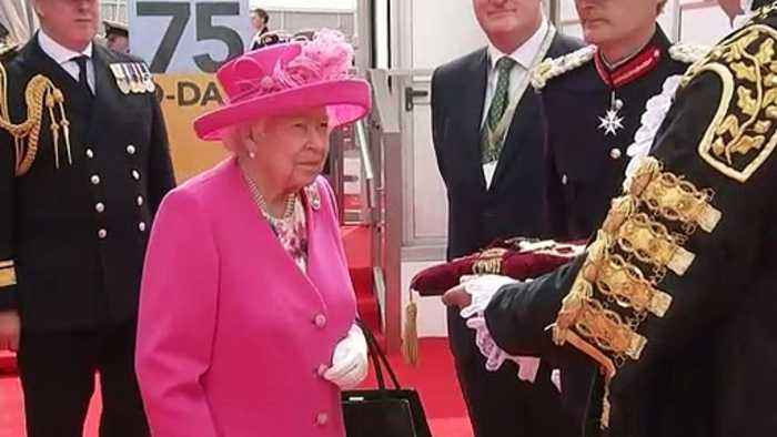 Queen meets world leaders in Portsmouth ahead of D-Day event