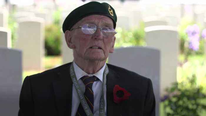 Second World War veteran: Theresa May is surrounded by idiots