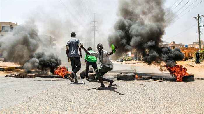 African Union suspends Sudan over violence against protesters