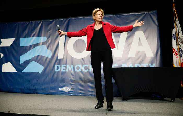 2020 Dems Flock to Iowa to Woo First-in-the-Nation Voters