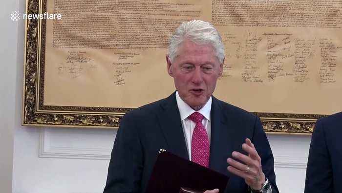 20 years after stopping ethnic cleansing, Bill Clinton awarded 'Order of Freedom' medal in Kosovo