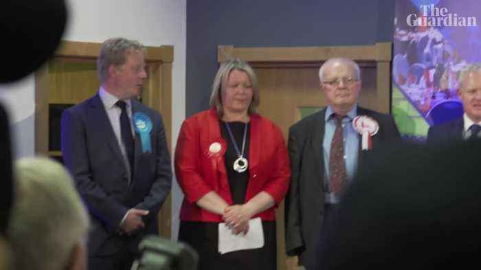 Emotional scenes as Labour beats Brexit party in Peterborough byelection