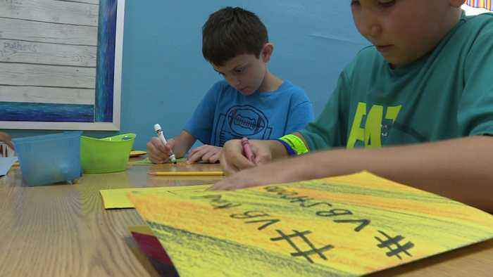 Students Write Thank You Cards to Virginia Beach First Responders, Hospital Staff in Wake of Mass Shooting