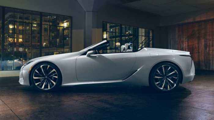 AutoComplete: Lexus' LC Convertible will debut at Goodwood