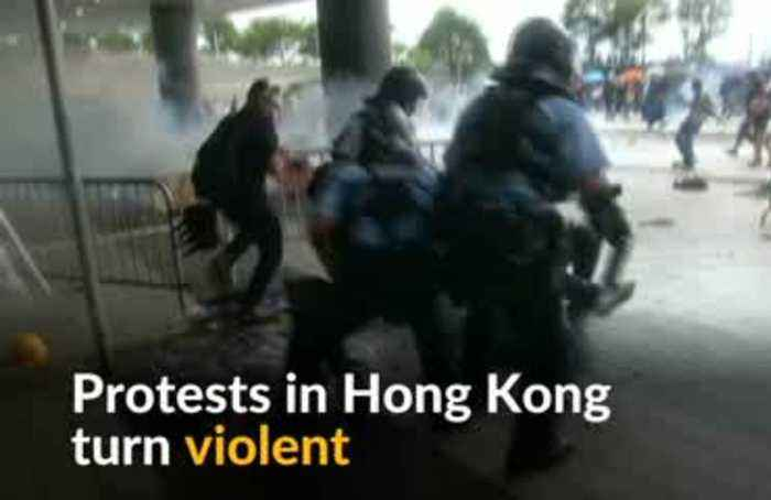Protests in Hong Kong descend into violent chaos