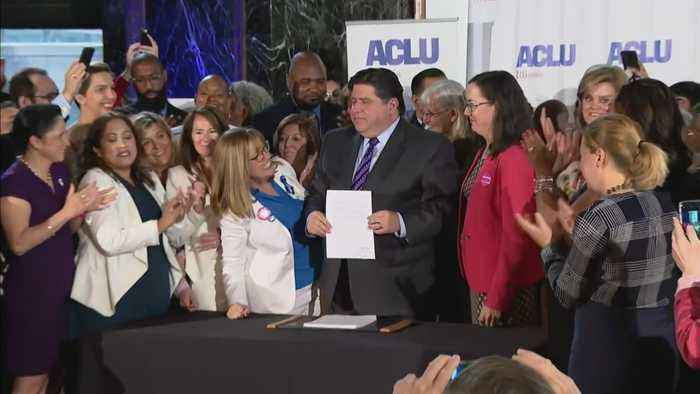 Governor Pritzker Signs Abortion Rights Law