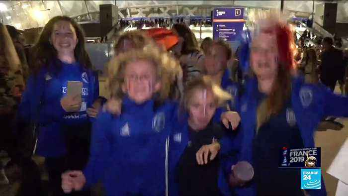 Women's World Cup: French fans celebrate victory over Norway