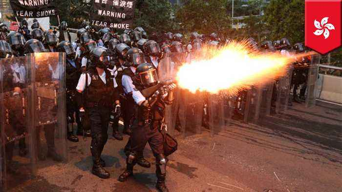 Police fire rubber bullets at Hong Kong extradition protesters