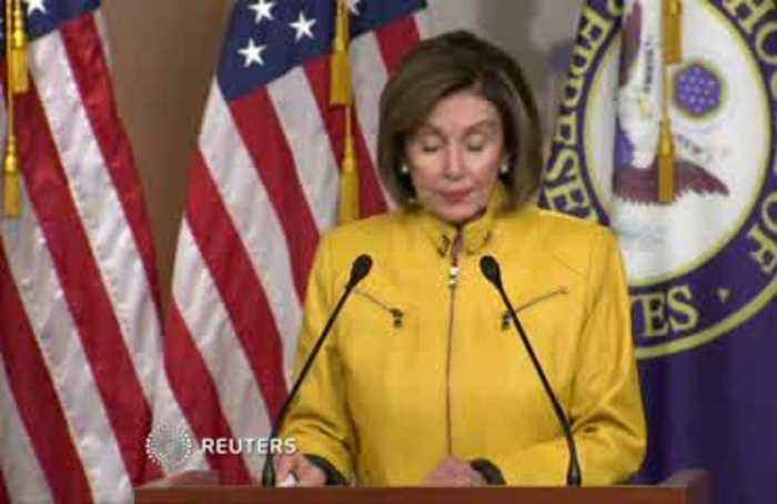 'Trump doesn't know right from wrong': Pelosi