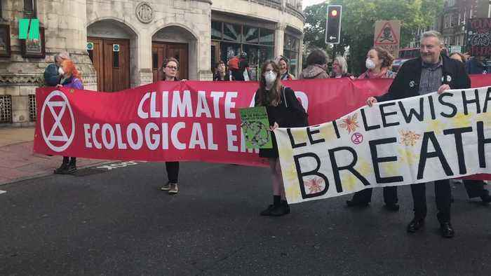 Extinction Rebellion Activists Block South London Roads