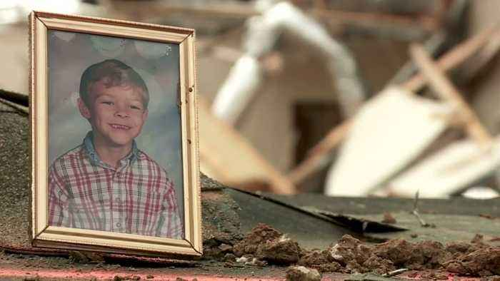 'Can't Be Replaced': Oklahoma Family Reunited with Picture Lost in Tornado