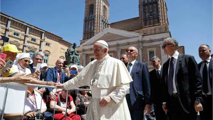Pope Urges Restraint In Gulf After Tanker Attacks