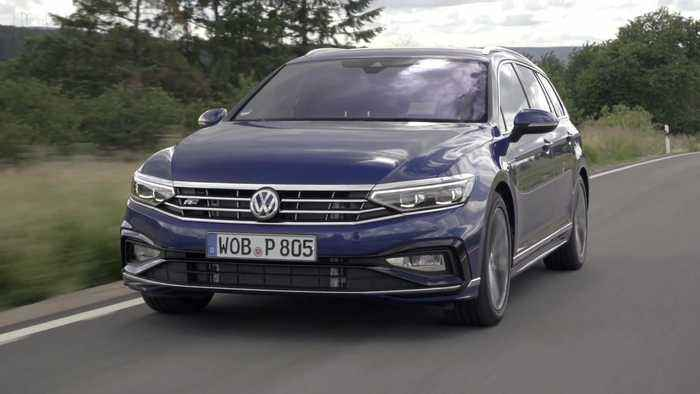 2019 Volkswagen Passat Estate R-Line Driving Video