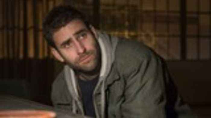 'The Haunting of Hill House' Star Oliver Jackson-Cohen Calls Filming the Netflix Series the 'Most Intense Experience' | In Studi