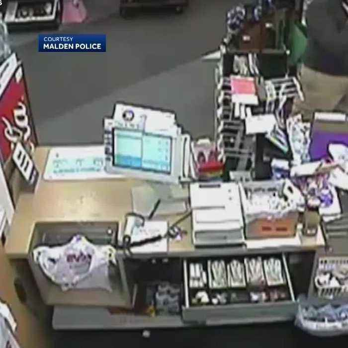Man fakes heart attack as accomplice steals cash, police say