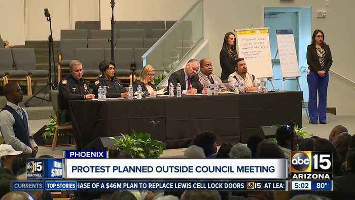 Protest planned at council meeting over Phoenix arrest video