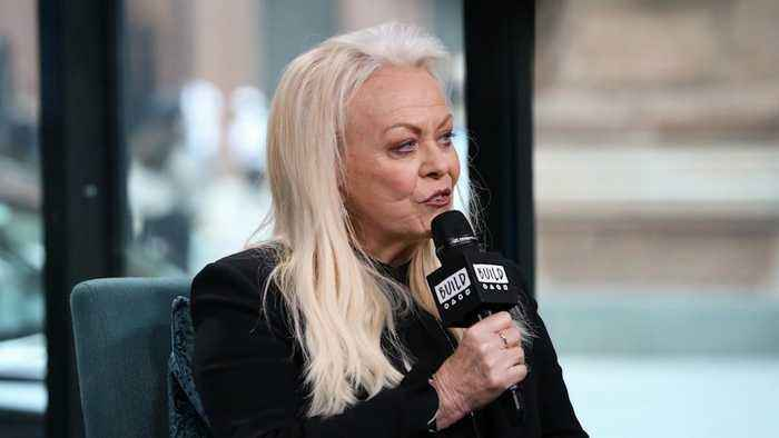 Jacki Weaver Raves About Working With Master Actor, Sir Ben Kingsley