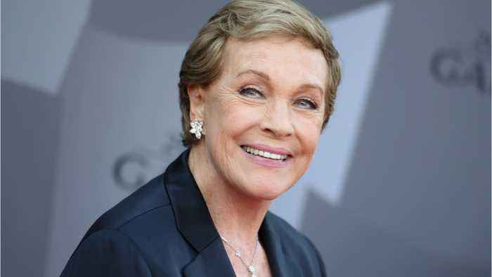 Julie Andrews To Play Gossip Writer In Shonda Rhimes' New TV Show