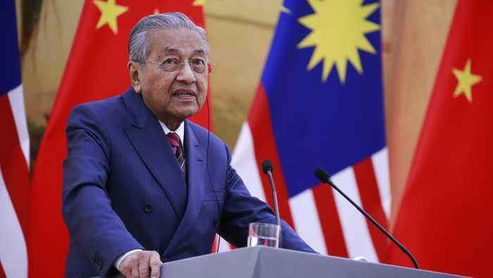Malaysian PM Denounces Findings Of MH17 Investigation