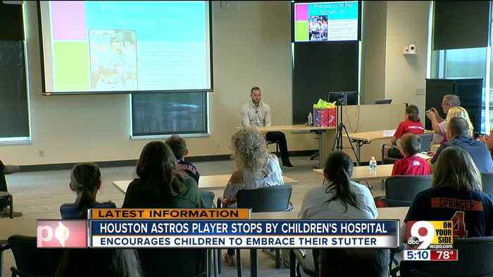 George Springer visits Cincinnati Children's