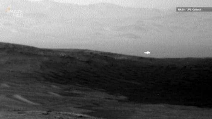 Curiosity Spots Mysterious Light Flash on Mars