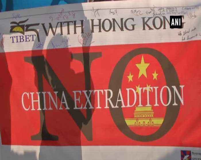 Tibetan Activists hold protest in Solidarity with Hong Kong