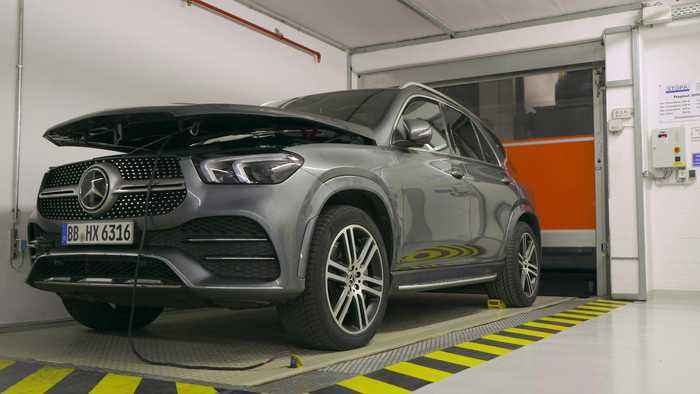 Changeover to new emissions standard - New Mercedes-Benz passenger cars comply with the Euro 6d-TEMP standard as a minimum