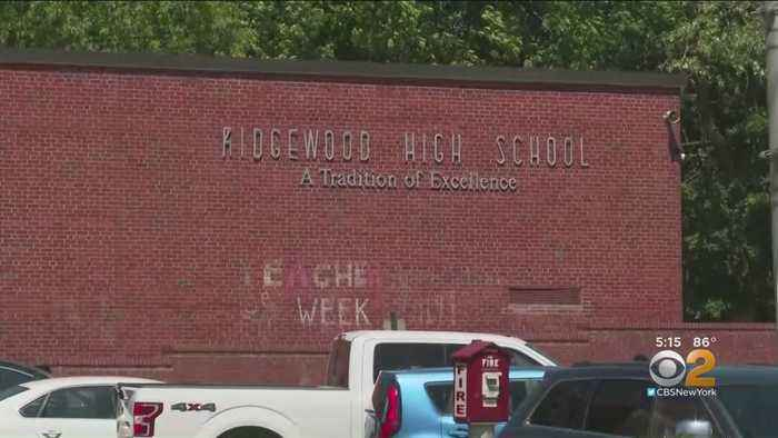 High School Changes Policy After Extra Credit Payment Allegation