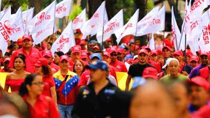 Rival rallies held on Venezuela's independence day