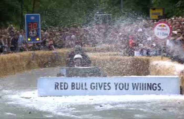 Epic wipeouts galore at London soapbox derby