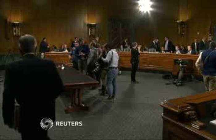 Powell heads to Congress amid pressure to cut rates