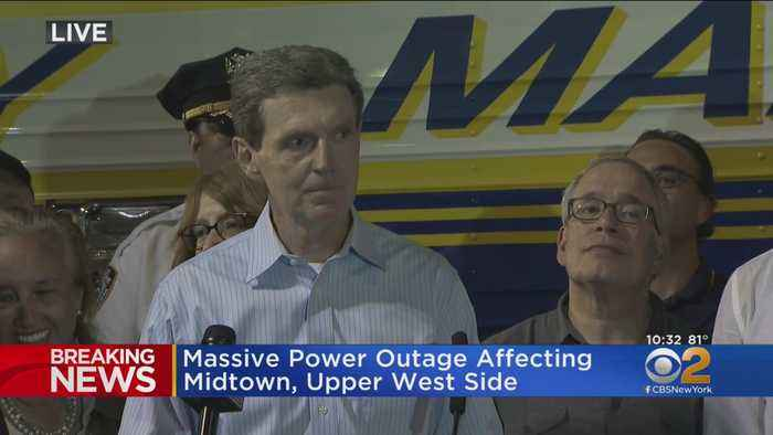 Officials Give Update On Manhattan Power Outage