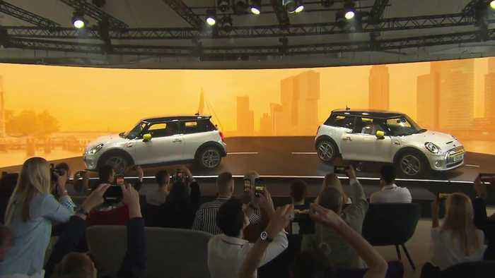 World premiere of the new MINI Electric