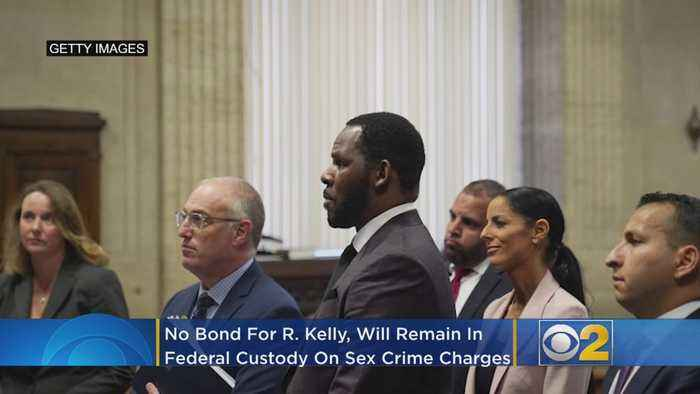 No Bond For R. Kelly, Will Remain In Federal Custody On Sex Crime Charges