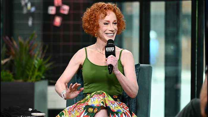 "How Kathy Griffin Sold Out Carnegie Hall As A ""Blacklisted"" Performer"