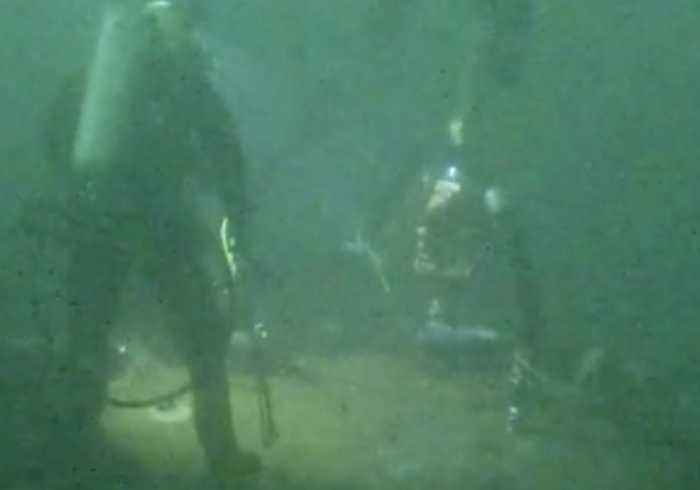 Divers Extract Oil From WWII-Era Shipwreck Off Long Island Coast