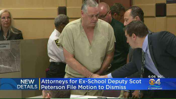 Attorney For Former MSD School Resource Officer Scot Peterson Files Motion To Dismiss Charges Against Him