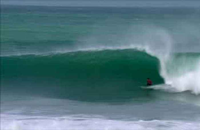 Moore and Medina sweeo up at Jeffreys Bay