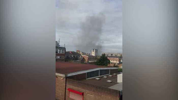 Fire breaks out at mall in Walthamstow