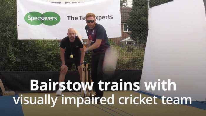 Jonny Bairstow trains with visually-impaired cricketers