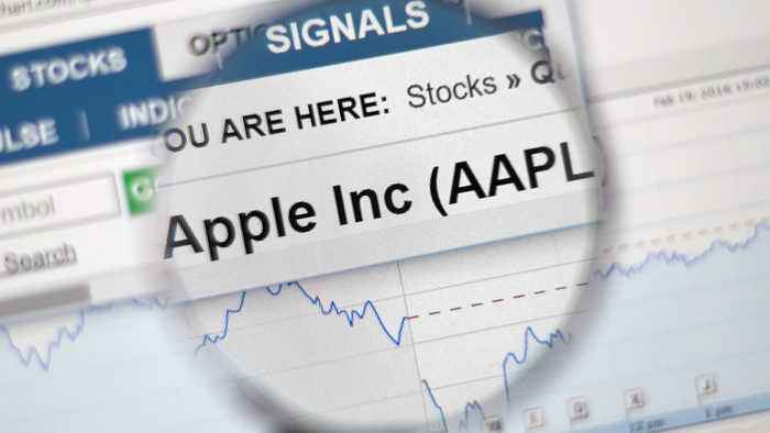 The One Number to Watch in Apple's Earnings Report