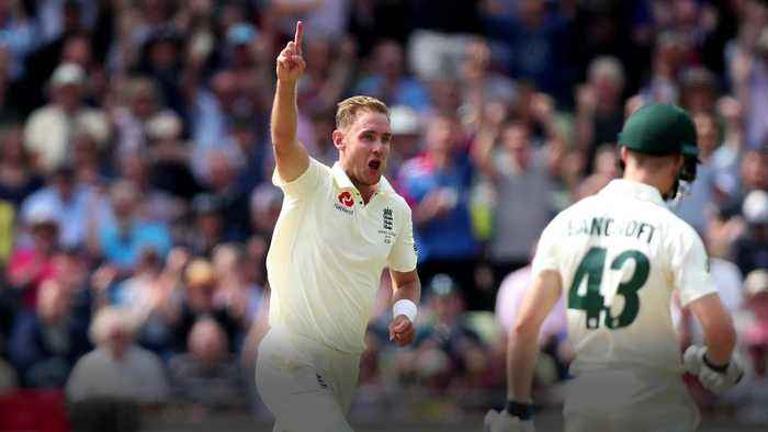 Stuart Broad and Steve Smith shine on frantic opening day of the Ashes