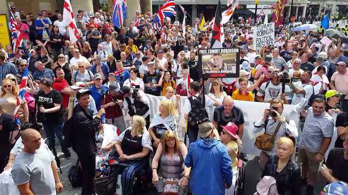 Hundreds gather in central London to call for Tommy Robinson's release
