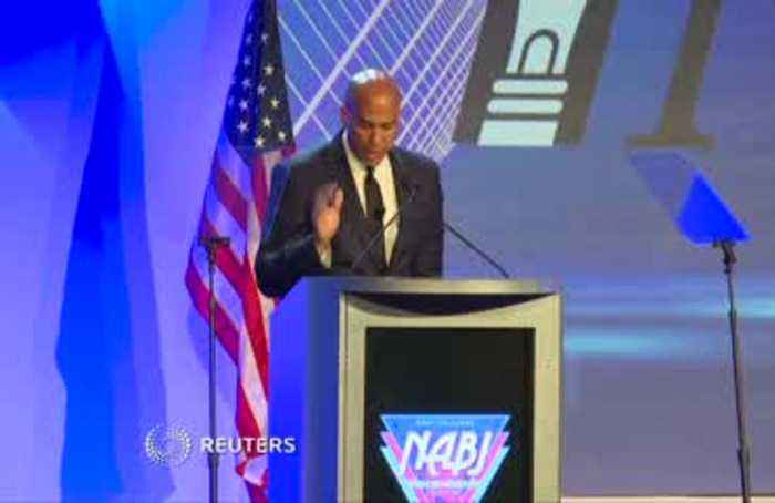 Booker calls for black journalists to speak up