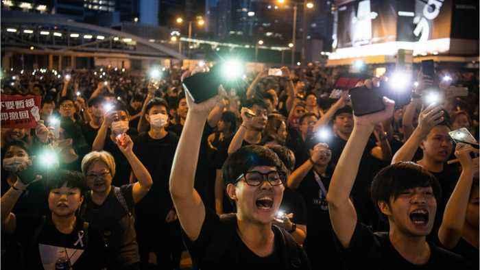 Hong Kong Protesters Defy Police Ban