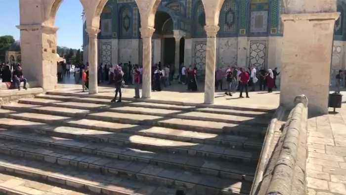 Al-Aqsa clashes resume after Israeli police allow entry of non-Muslim visitors