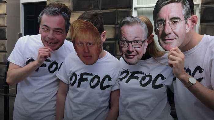 Activists in Brexiteer masks warn no-deal could break Union