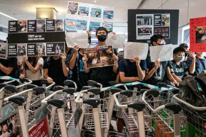 Protests in Hong Kong Cause Second Day of Flight Cancelations
