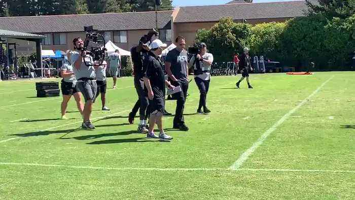 RAW: Antonio Brown Returns To Raiders After Absence For Injured Feet